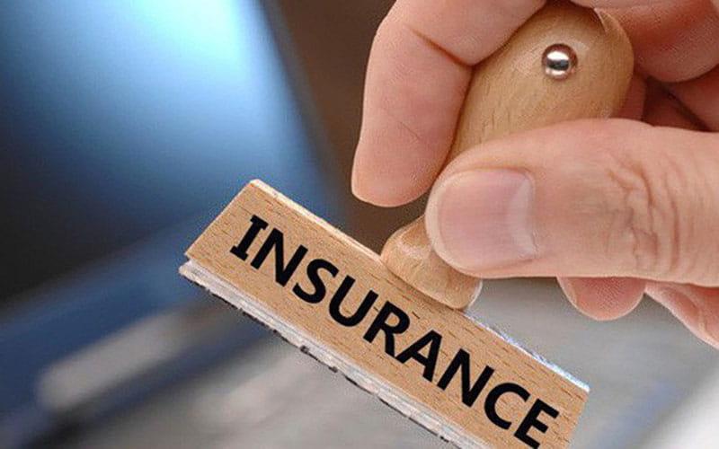 """Thị trường bảo hiểm """"nóng"""" trở lại với hàng loạt thương vụ lớn"""